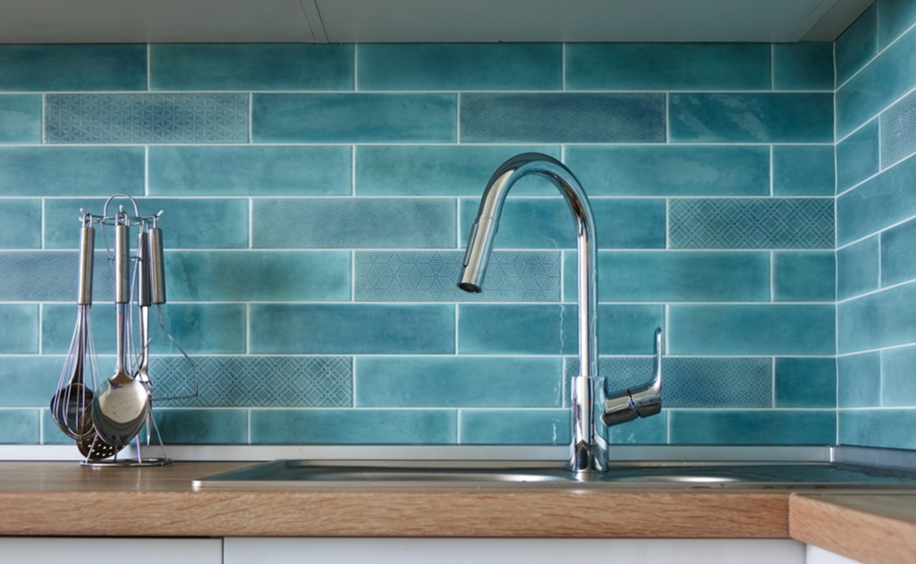 Pull-Down-Kitchen-Faucets